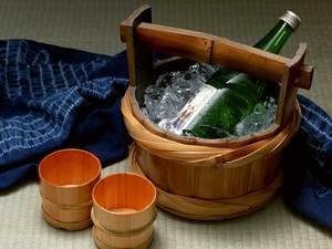 和食のディナーに日本酒を
